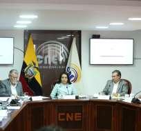 QUITO, Ecuador.- Comisión de Fiscalización pidió cuentas al CNE sobre retraso en entrega de credenciales. Foto: Twitter