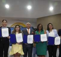 QUITO, Ecuador.- Diana Atamaint llamó a las nuevas autoridades a despojarse de intereses e ideologías. Foto: API