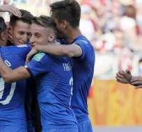 Jugadores de Italia, celebrando un gol.