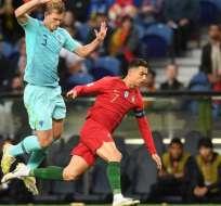 De Ligt en pleno duelo ante Cristiano Ronaldo.