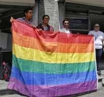 Ecuador únicamente reconoce el matrimonio heterosexual. Foto: API