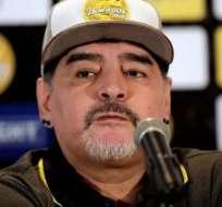 Maradona en una rueda de prensa de Dorados.