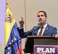Guaidó considera que la visita de Bachelet es un logro de las protestas. Foto: AP