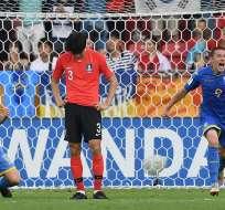 El equipo europeo venció 3-1 a Corea del Sur en la final del torneo. Foto: Janek SKARZYNSKI / AFP