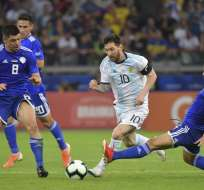 'Albicelestes' y 'albirrojos' empataron 1-1. Foto: AFP