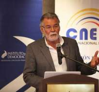 Enrique Pita durante diálogo por Reformas al Código de la Democracia. Foto: CNE