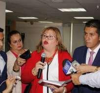 QUITO, Ecuador.- Dos colaboradores del CPCCS anunciaron la suspensión. Foto: API