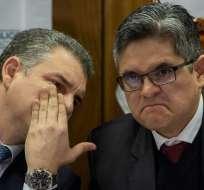 LIMA, Perú.- Los fiscales peruanos Rafael Vela (I) y José Domingo Pérez en una conferencia de prensa. Foto: AFP