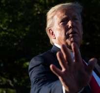 Escritora acusa a Trump de haberla violado hace más de 20 años. Foto: AFP