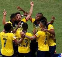 Jugadores de la Selección Ecuatoriana festejando un gol en Copa América.