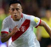 Cueva ebutó en 2011 con la selección peruana.