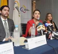 María del Carmen Maldonado (c), presidenta del Consejo de la Judicatura, dijo que no podrá revisar los fallos de los jueces.