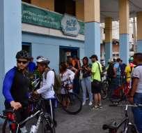 300 ciclistas en la primera ciclorruta gastronómica en Guayaquil. Foto: @GloriaGallardoZ