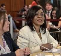 QUITO, Ecuador.- Mae Montaño acusa a Verónica Espinosa de tener desactualizado el cuadro básico de medicamentos. Foto: Asamblea