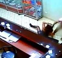 Condenan a 11 años a la expareja de Arlette Contreras. Foto: captura de video