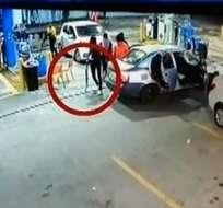 Seis miembros de esta banda habrían asaltado una estación de servicio ubicada en la avenida León Febres Cordero.