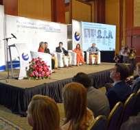 Alrededor de 300 personas, entre emprendedores, sector privado, catedráticos y autoridades participan en el seminario del BID.