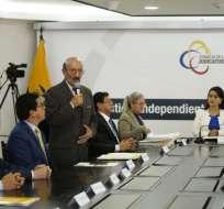 QUITO, Ecuador.- Este miércoles fueron posesionados los integrantes del comité que evaluará a jueces nacionales. Foto: API