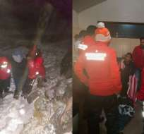Los ciudadanos perdieron el rumbo para regresar de la montaña. Fotos: Bomberos de Cayambe