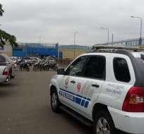 ECUADOR.- Dos horas y media después de la fuga, los internos fueron recapturados por la Policía. Foto: Karen Cevallos / Ecuavisa