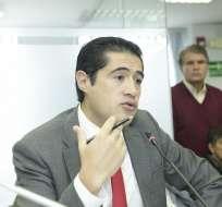 QUITO, Ecuador.- La solicitud de Raúl Tello se suma a la presentada el martes por el legislador Yofre Poma. Foto: Asamblea