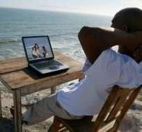 ¿Qué país ofrece los mejores servicios de internet para los expatriados?