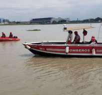 Bomberos de Guayaquil y Samborondón participaron en la búsqueda de la mujer. Foto: Bomberos Guayaquil.