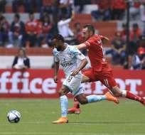 El volante ecuatoriano hizo el gol de la igualdad a través de un tiro penal. Foto: Tomada de @jordansierra55