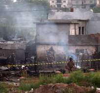 RAWALPINDI, Pakistán.- El accidente se produjo durante la noche. Foto: AFP