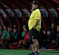 Maradona en un partido de Dorados.