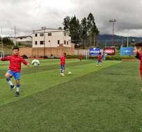 Entrenamiento de Deportivo Cuenca.