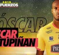 Óscar Estupiñán, delantero colombiano.