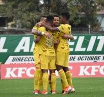 Jugadores de BSC celebran el tanto de Fidel Martínez. Foto: Twitter BSC.