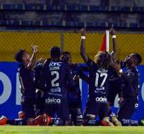 Jugadores de IDV en un partido de Copa Sudamericana. Foto: Sudamericana.