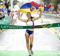 Sandra Lorena Arenas mientras llega a la meta. Foto: Comité Olímpico de Colombia.