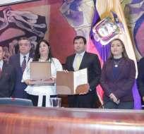 Parlamentarios, en su mayoría correístas, abandonaron sala ante ingreso de Martha Roldós. Foto: César Litardo