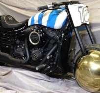 La moto que recibió Maradona. Foto: Clarín.