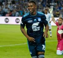 Brayan Angulo celebrando un gol con Emelec. FOTO: ARCHIVO
