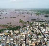 Casi 150 muertos y miles de evacuados por lluvias en India. Foto: AFP