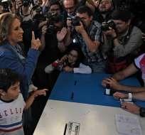 Abren centros de votación para balotaje presidencial en Guatemala. Foto: AFP