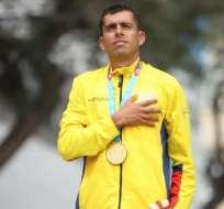 Claudio Villanueva, al momento de ganar su medalla.