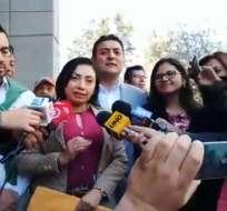 QUITO, Ecuador.- La expresidenta de la UNE acusa al exmandatario Rafael Correa de haberla perseguido. Foto: Twitter