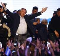 Fernández logra amplia ventaja en primarias de Argentina. Foto: AP