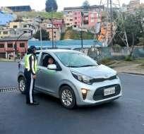 QUITO, Ecuador.- La restricción vehicular aplicará para taxis y motos, en horario de 05H00 a 20H00. Foto: AMT