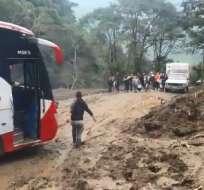 Moradores de varias comunidades se encuentran aislados tras intensas lluvias. Foto: Captura de video