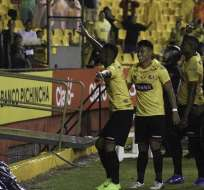 Fidel Martínez, celebrando un gol.