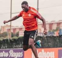 El delantero ecuatoriano hizo el último gol en la victoria 4-1 sobre el CD Izarra. Foto: Tomada de @stivenplazaoficial