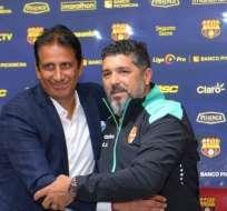 Leo Ramos junto a José Francisco Cevallos.