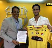Leonardo Campana junto al presidente de BSC, José Cevallos.