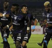 Jugadores de IDV festejan en Sudamericana.